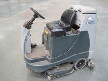 BR855 floor cleaning mach Nilfi