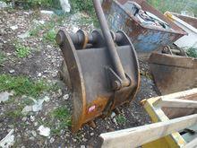 Grab bucket to suit 20 ton Hita