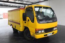 Used 2000 ISUZU Nkr