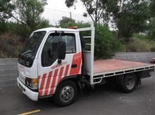 2 Tonne Table Top - 2000 Isuzu