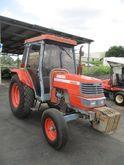 1998 Kubota M5400 Tractor