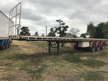 TRI- axle flat top trailer, Fre