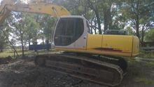 Simitomo SH220-3LC Excavator
