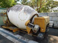Concrete Agitator/Chassis, Fowl