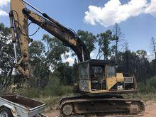 CATERPILLAR Tracked Excavator,