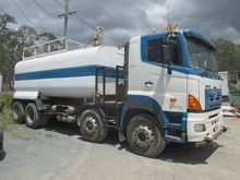 2007 Hino FY Series Water Truck