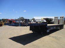 01/2014 Maxitrans ST3 Drop Deck