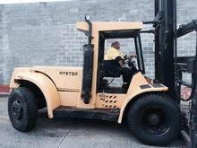 HYSTER 11 Ton Forklift