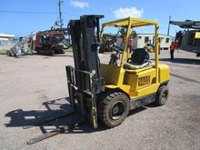 Used 1999 HYSTER H3.