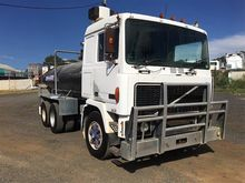 Used VOLVO Water car