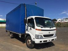 TOYOTA 200 2Toyota Dyna table t