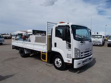 Used ISUZU 11/2011 F