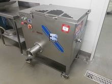 2013 THOMPSON Meat Mincer, (Edi