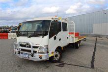 04/2013 Hino 300 Series 2 4 x 2