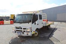 12/2012 Hino 300 717 4 x 2 Tray