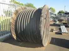 700m Cable 185mm x4 0.6/1kV UG