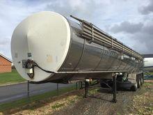 Milk-semitrailer32T