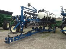 Used KINZE 3600 in L