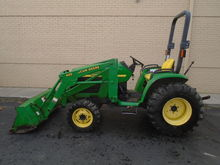 2000 John Deere 4400