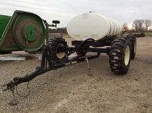Used YETTER 1600 in