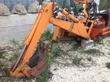 Used backhoe tiferme