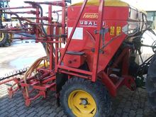 Pneumatic seeding machine ubald