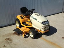 2008 Cub Cadet 2518 Riding Mowe