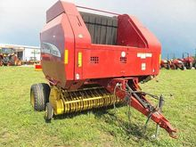 2005 New Holland BR780A Baler-R