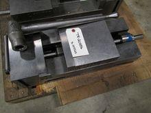 KURT PT-800A MANUAL VISE ANGLOC