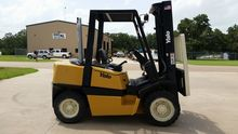 Used 2005 Yale GDP08