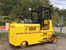 Used 1998 Hoist Lift