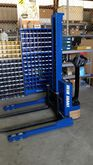 Blue Giant 2200lb Straddle Elec