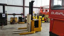 Used 2001 Yale MSW04