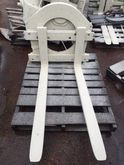 ROTATING FORKLIFT ATTACHMENT At