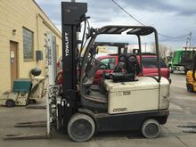 Used 2004 Crown FC40