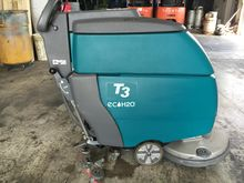 2010 TENNANT T3 Electric Sweepe