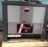 YUASA TGW-18-865 Battery and Ch