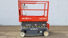 2012 SkyJack SJ3219 Electric Sc
