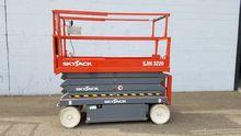 2013 SkyJack SJ3226 Electric Sc