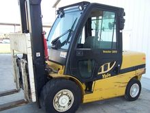 Used 2007 Yale GDP12