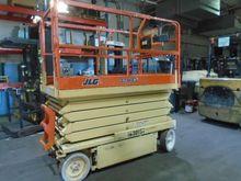 Used 2001 JLG 3246-E