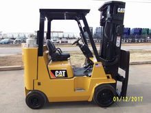 2011 Cat GC40KSTR LP Gas Cushio