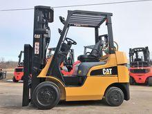 Used 2010 Cat FGC25N