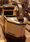 Used 2005 Crown PC35