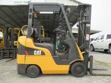 2006 Cat C3000 LP Gas Cushion T