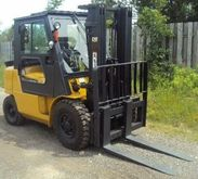 2006 Cat DP40K Diesel Pneumatic