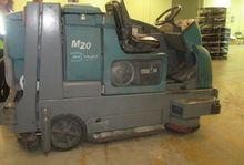 2012 TENNANT M20 LP Gas Sweeper