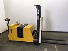 Used 2013 Yale MCW04