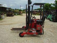 2000 Moffett M3601STM Diesel Tr