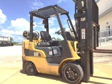 2011 Cat C6000 - 4 WAY LP Gas C